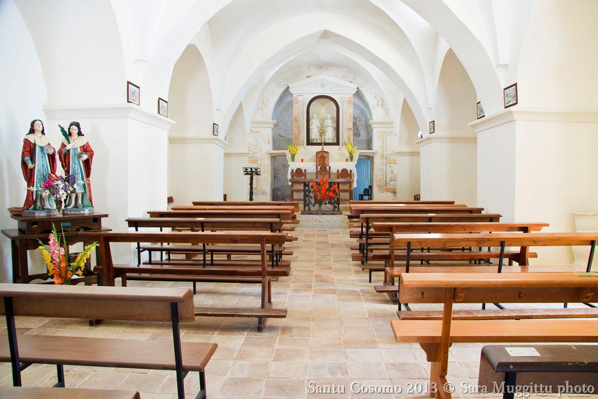 Interno della Chiesa di San Cosimo a Mamoiada