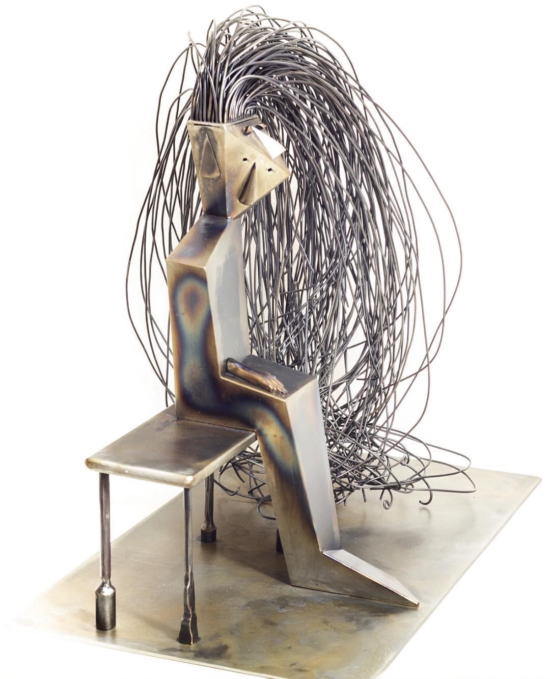 arte-e-design-a-mamoiada.-le-opere-di-giovanni-paddeu-lasciano-sempre-a-bocca-aperta.-linee-e-forme-