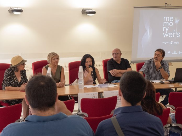 conferenza stampa memory wefts