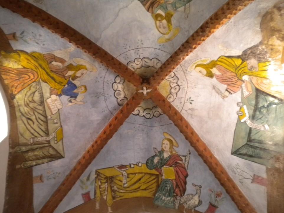 interno chiesa santa croce mamoiada